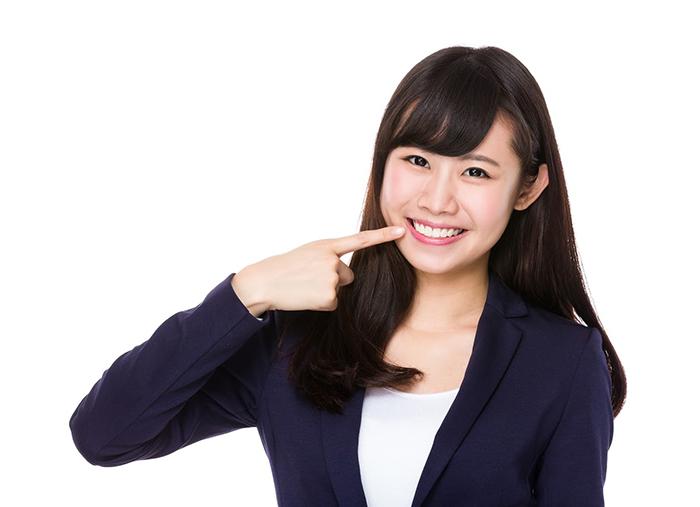 綺麗な歯の女性